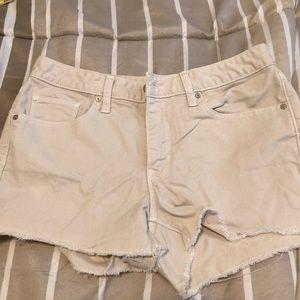 Gap slim cut off style shorts